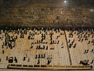 Taryn Simon, The Wailing Wall, Jerusalem Minu Israel, Latrum, Istrael, 2007.