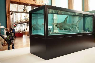 Damien Hirst, Fear of Flying (2008-2009)